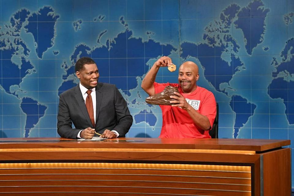 Weekend Update anchor Michael Che and Kenan Thompson as LaVar Ball on Saturday Night Live this past week.
