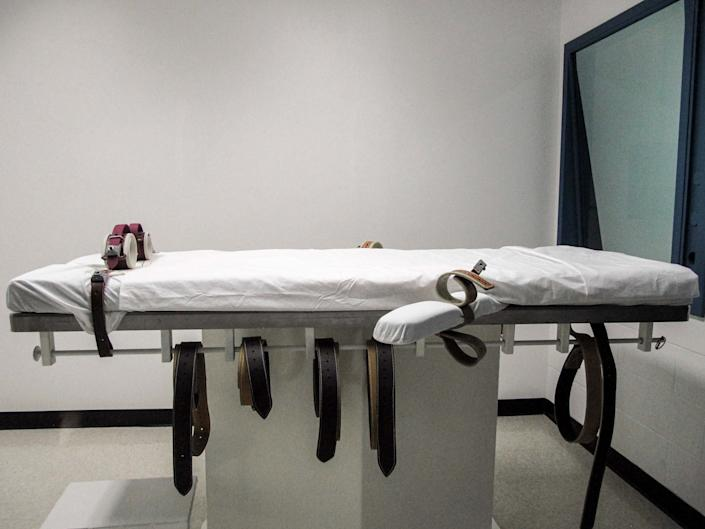 An American lethal injection chamber photographed in 2010: AP