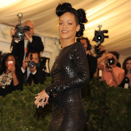 Rihanna 'angers Vogue editor'