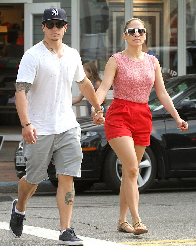 EXCLUSIVE TO INF. PLEASE CALL BEFORE USAGE.