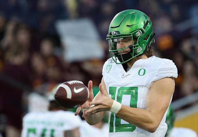 Oregon QB Justin Herbert warms up before the Arizona State game in Tempe, Arizona. (Photo by Christian Petersen/Getty Images)
