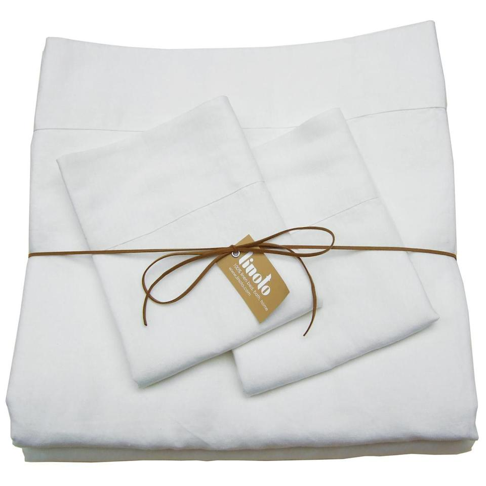 "<p>These artisanal sheets are handcrafted in Westchester, New York, using natural linen sourced from top mills in Belgium and Italy. They're luxuriously smooth, incredibly thick, and timelessly elegant. Linoto prides itself on offering the largest range of sizes and colors of luxury bedding, and in addition to their vast selection, they will make bespoke sheets in the size and color of your choice. </p> <p><strong>Details:</strong></p> <ul> <li>Includes one flat sheet, one fitted sheet, and two pillowcases</li> <li>500 thread count</li> <li>100% linen</li> </ul> <p><strong>Star Rating:</strong> 4.9 out of 5 stars</p> <p><strong>What customers say:</strong> ""These are the only linen sheets I buy anymore. The quality is very high and the colors are great."" <em>—Elise, reviewer on</em> <a href=""https://cna.st/affiliate-link/4R1mmfmYGfCChJ8CwSwszdbn4ZhaMYXitXfCGCeoNP6VNQcmqGFMc7p9H3mb4WRod5P8JuvdL36gFYqw1QhdhWYzNKPfnFr4JhvN?cid=602ebf2c5602391f62b5034c"" rel=""nofollow noopener"" target=""_blank"" data-ylk=""slk:Linoto"" class=""link rapid-noclick-resp""><em>Linoto</em></a></p> $379, Linoto. <a href=""https://www.linoto.com/100-linen-sheet-sets/"" rel=""nofollow noopener"" target=""_blank"" data-ylk=""slk:Get it now!"" class=""link rapid-noclick-resp"">Get it now!</a>"