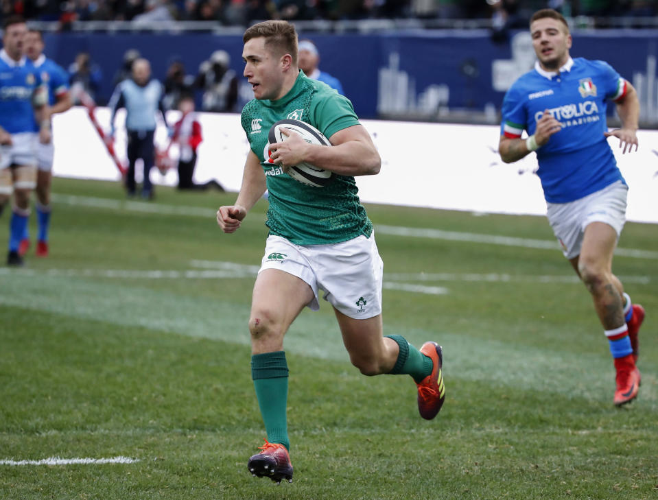 Ireland's Jordan Larmour runs to score against Italy during the second half of rugby match Saturday, Nov. 3, 2018, in Chicago. (AP Photo/Kamil Krzaczynski)