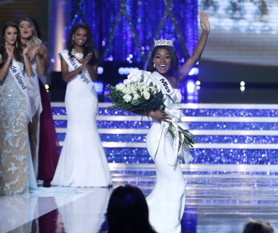 Nia Imani Franklin, Miss New York, is Miss America 2019. (Photo: Getty Images)