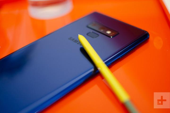 Galaxy Note 9 blue with s pen