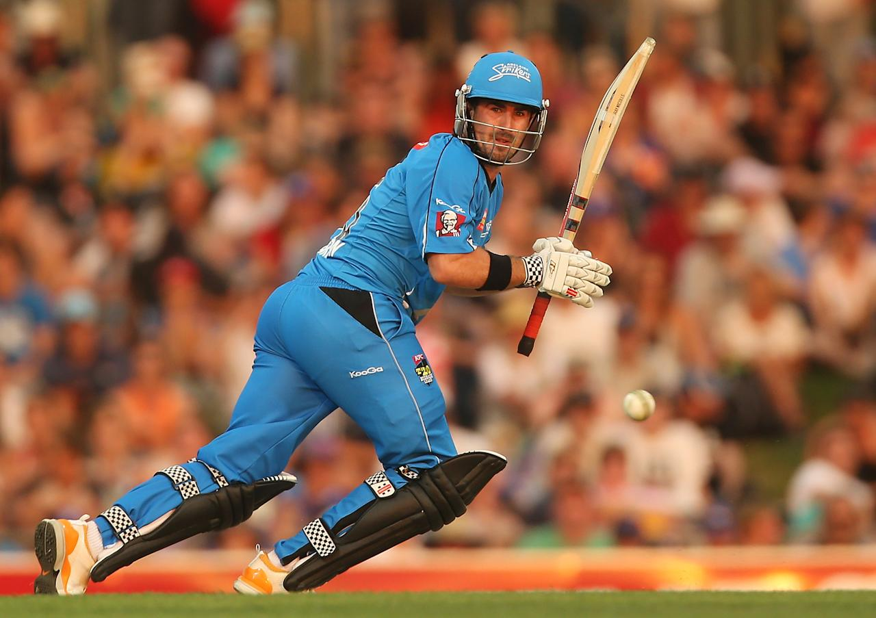 HOBART, AUSTRALIA - JANUARY 05:  Nathan Reardon of the Strikers bats during the Big Bash League match between the Hobart Hurricanes and the Adelaide Strikers at Blundstone Arena on January 5, 2013 in Hobart, Australia.  (Photo by Mark Metcalfe/Getty Images)