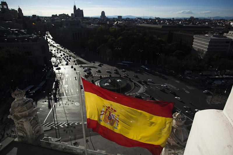 Spain Rating Raised by S&P Citing Growth, Fiscal Consolidation