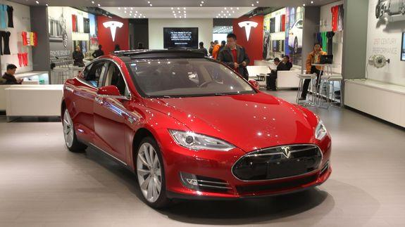 Tesla Motors Inc (NASDAQ:TSLA) Turns Guns on Hyundai Motor