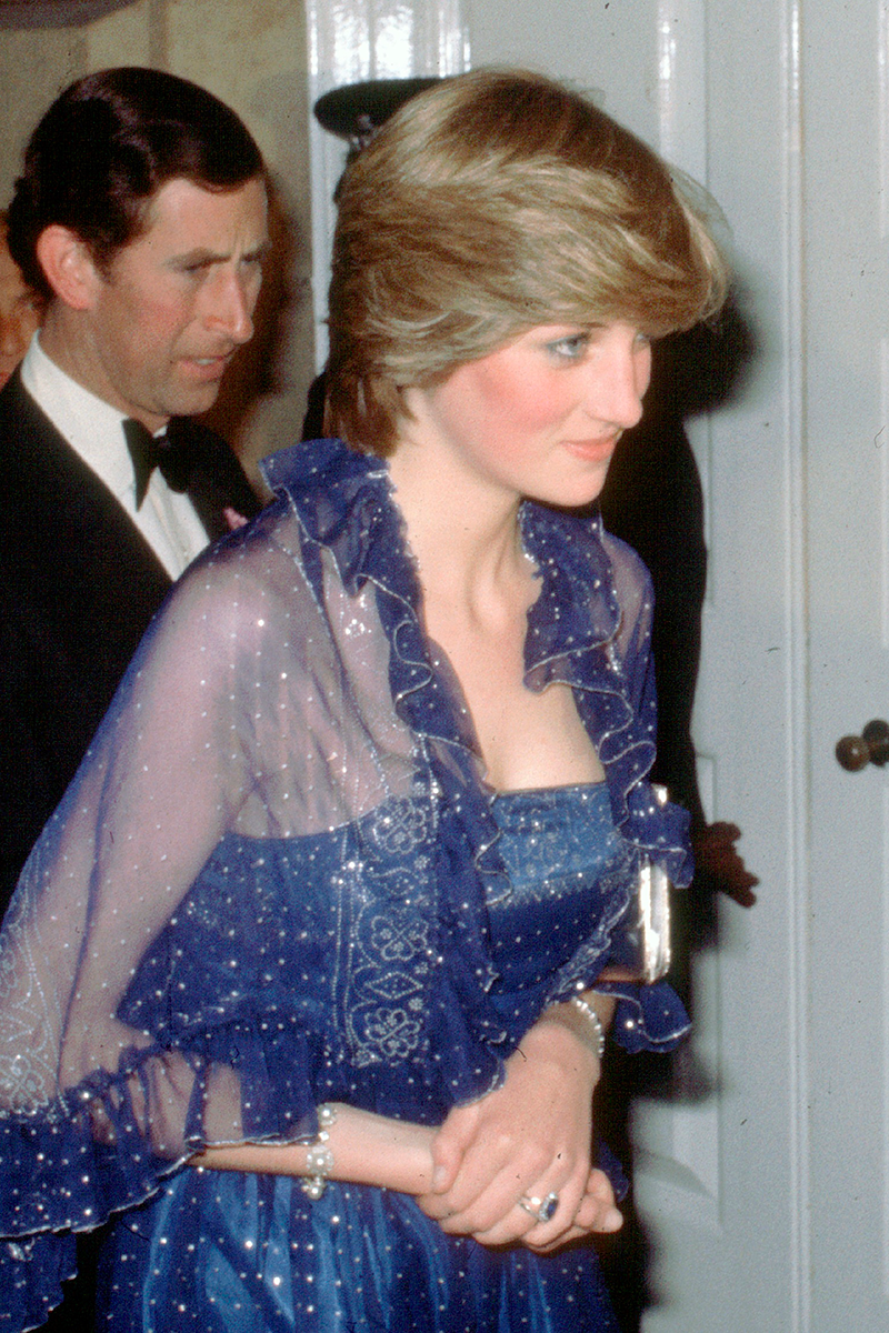 <p>Can we take a second to talk about just how sparkly this evening gown is, with the shawl to match, worn for a function at London's Royal Academy?</p>