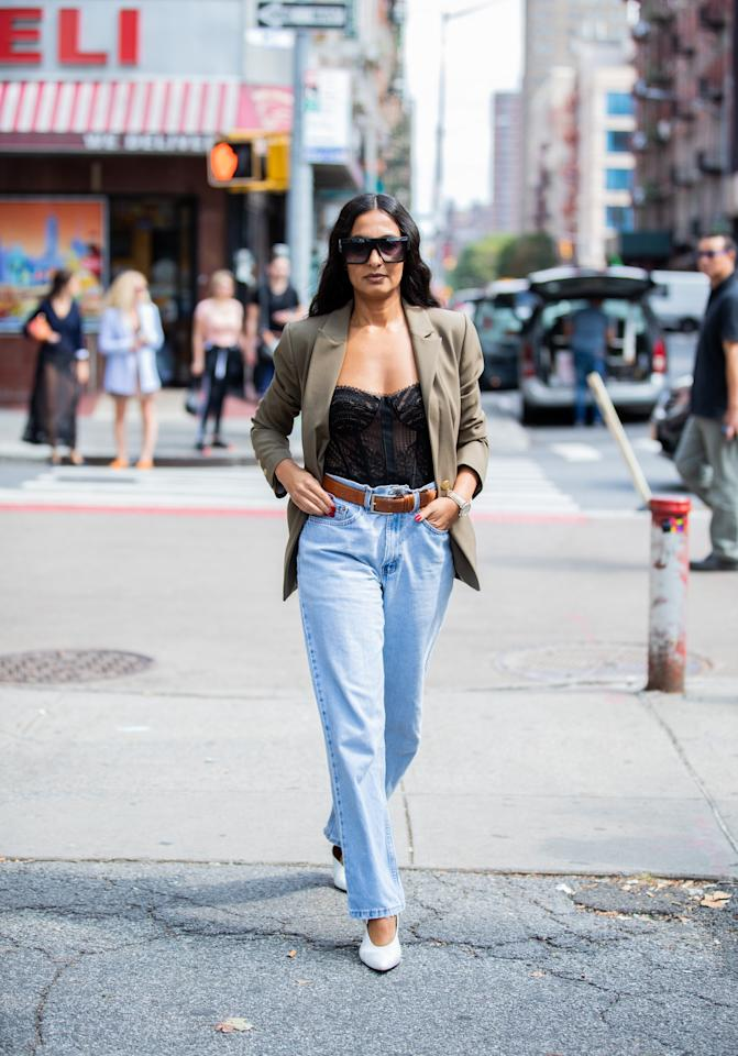 """We may be living in sweatpants these days, but <a href=""""https://www.glamour.com/gallery/best-jeans-for-women?mbid=synd_yahoo_rss"""">denim</a> will never go out of style. The new classic is the easy jean—a slouchy, high-waisted straight leg that looks equally chic with a pair of pumps or <a href=""""https://www.glamour.com/gallery/ugly-shoes?mbid=synd_yahoo_rss"""" target=""""_blank"""">dad sneakers</a>."""