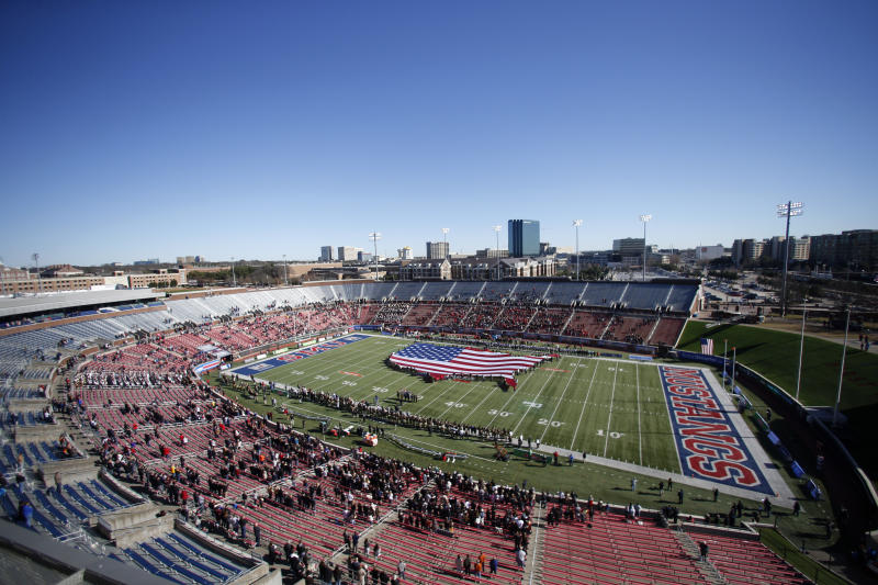 Half-empty stadiums won't stop number of bowls from going up