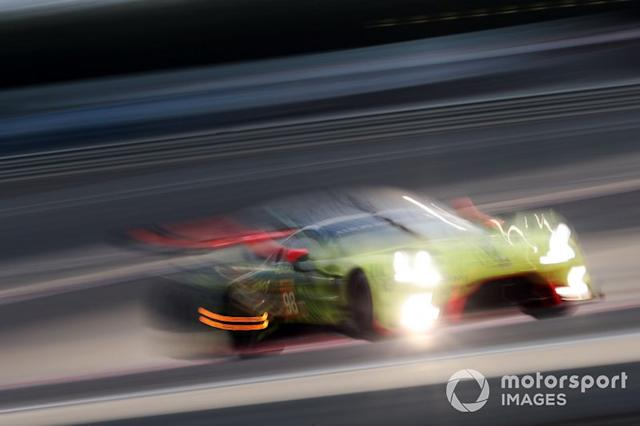 "#98 Aston Martin Racing Aston Martin Vantage: Paul Dalla Lana, Darren Turner, Ross Gunn <span class=""copyright"">JEP / Motorsport Images</span>"