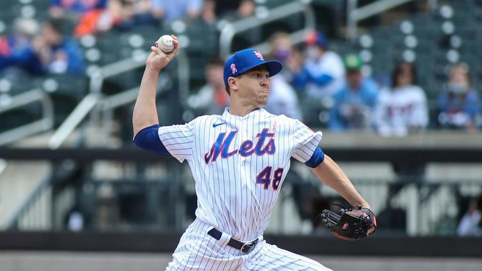 New York Mets pitcher Jacob deGrom (48) pitches in the first inning against the Arizona Diamondbacks at Citi Field.
