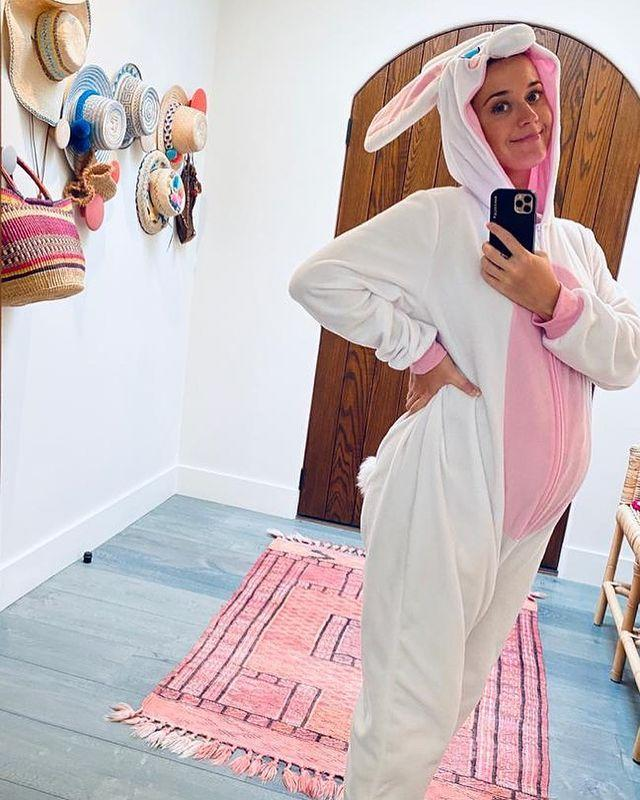 """<p>The singer showed off her growing baby bump in a giant bunny onesie over the Easter weekend.</p><p>The photo received more than two million 'likes' on Instagram and several comments from well wishers congratulating her on her pregnancy. </p><p><a href=""""https://www.instagram.com/p/B-5dIJRHD_E/?utm_source=ig_web_copy_link"""" rel=""""nofollow noopener"""" target=""""_blank"""" data-ylk=""""slk:See the original post on Instagram"""" class=""""link rapid-noclick-resp"""">See the original post on Instagram</a></p>"""