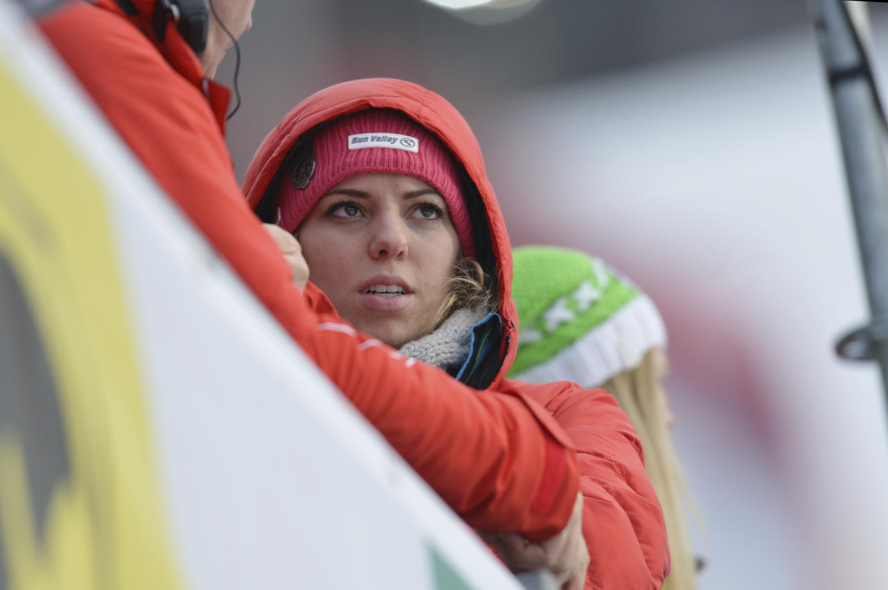 Laura Kildow sister United States' Lindsey Vonn reacts after Vonn crashed during the women's super-G at the Alpine skiing world championships in Schladming, Austria, Tuesday, Feb.5,2013. (AP Photo/Kerstin Joensson)