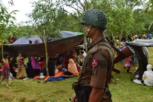 Bangladesh offers Myanmar military aid against Rohingya rebels