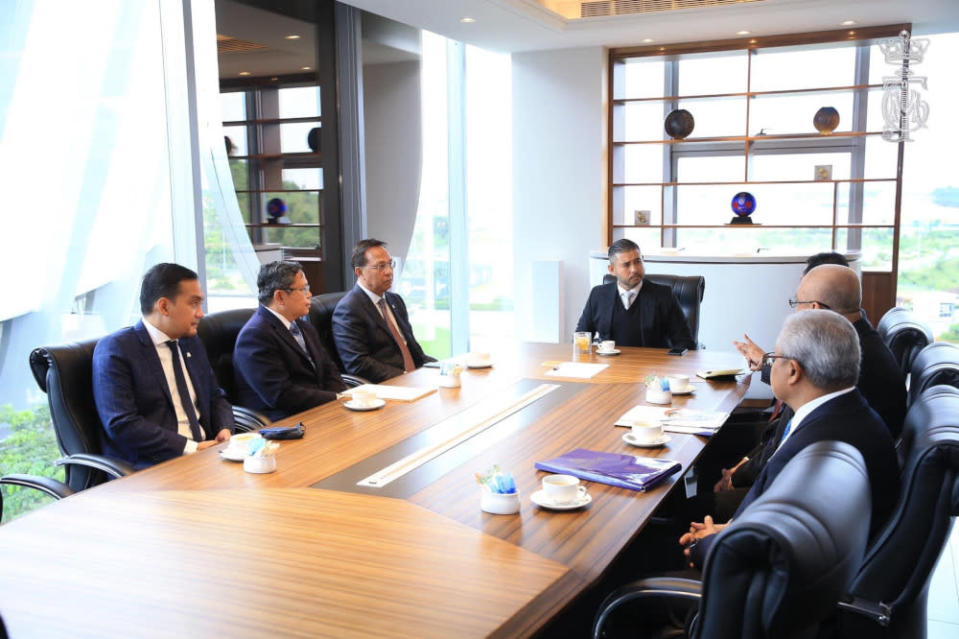 Johor Crown Prince Tunku Ismail Sultan Iskandar (centre) chairs a meeting with state leaders to address Covid-19 vaccination issues in the state, August 30, 2021 — Picture courtesy of HRH Crown Prince of Johor Facebook