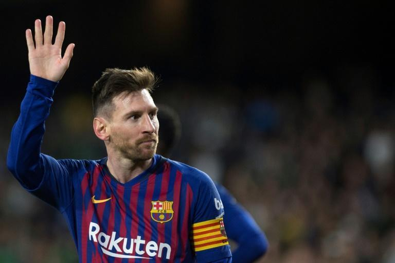 Lionel Messi's latest hat-trick even drew the admiration of the Real Betis fans