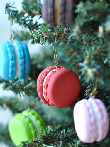 """<p>Give your tree a French twist by adding these colorful sweets! These faux macaron ornaments can be made using either polymer clay or fondant.</p><p><strong>Get the tutorial at <a href=""""http://www.getcreativejuice.com/2013/11/polymer-clay-french-macaron-ornament-tutorial.html"""" rel=""""nofollow noopener"""" target=""""_blank"""" data-ylk=""""slk:Creative Juice"""" class=""""link rapid-noclick-resp"""">Creative Juice</a>.</strong></p>"""