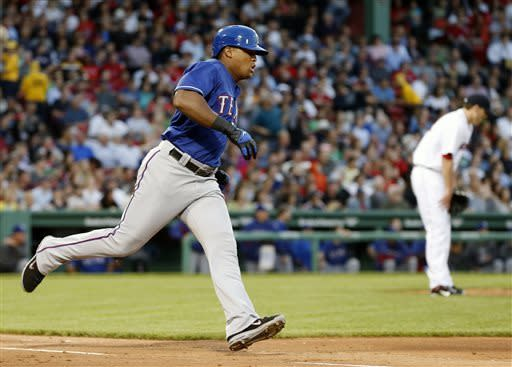Andrus' 2-run double lifts Texas past Red Sox 3-2