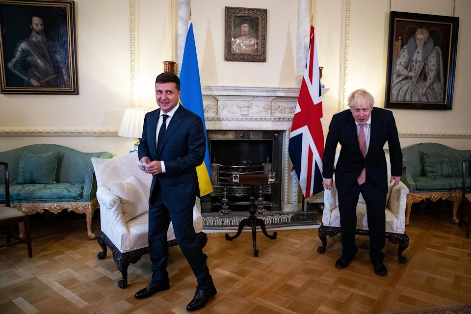 LONDON, ENGLAND - OCTOBER 08: Prime Minister Boris Johnson (R) during a meeting with President of Ukraine, Volodymyr Zelenskyy, to sign a strategic partnership deal with the president in the face of Russia's 'destabilising behaviour' towards the country, at Downing Street on October 8, 2020 in London, England. The meeting with Mr Johnson is part of a two-day visit by Mr Zelenskyy to the UK which has included a tour of the Prince of Wales aircraft carrier in Portsmouth. (Photo by Aaron Chown - WPA Pool/Getty Images)