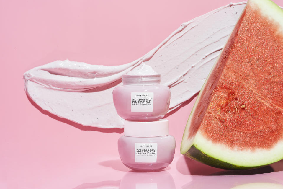 Glow Recipe Watermelon Glow Hyaluronic Clay Pore-Tight Facial Mask Review