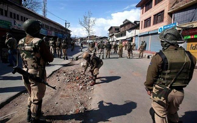 Kashmir: Anantnag bypoll deferred to May 25 amid fresh violence in Valley