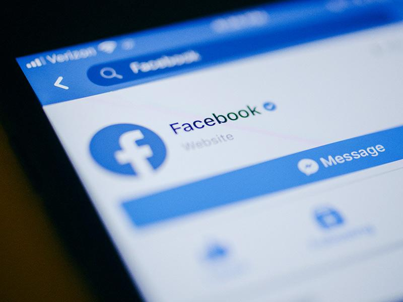 Facebook Executive Says New Privacy Feature May Dent Revenue