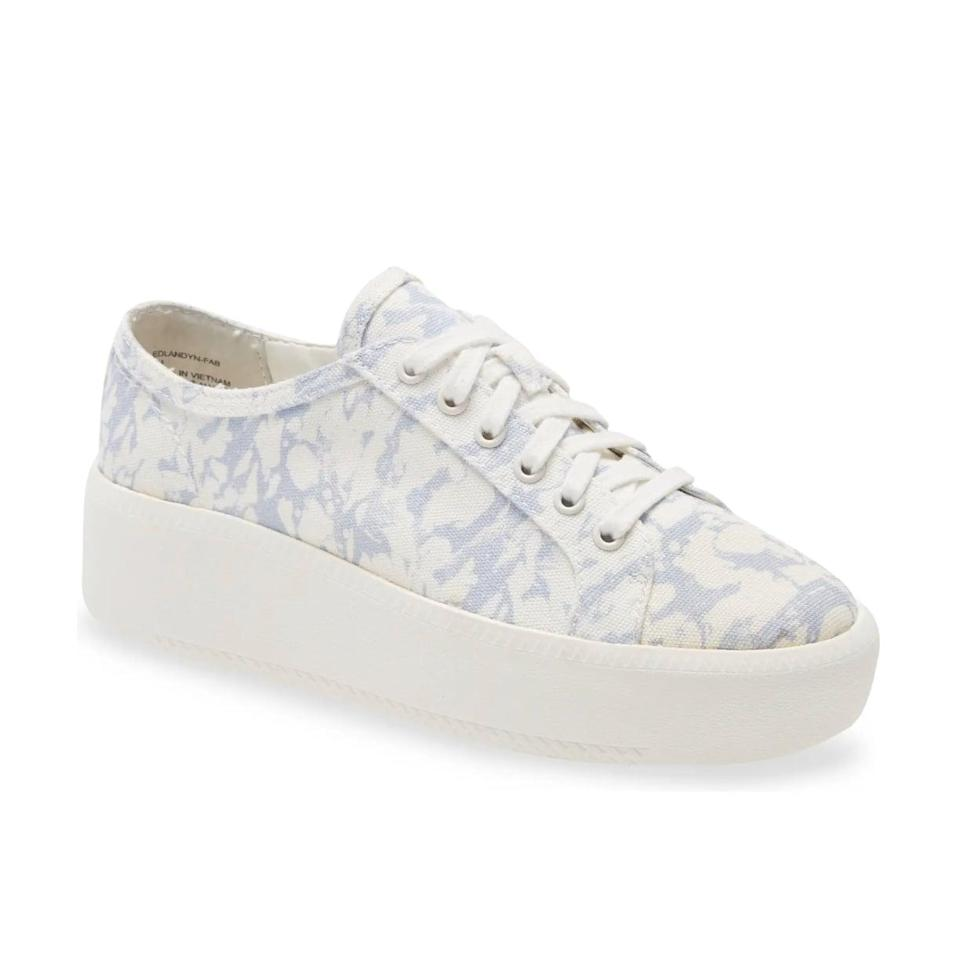 <p>A set of elevated sneakers is one of the most practical items you can have in your closet. But if you're looking to bring some personality to this staple, you'll love the discreet pattern on these <span>Open Edit Landyn Platform Sneakers</span> ($50). </p>