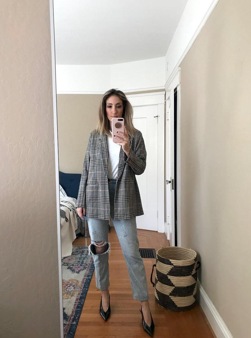 """<p><strong>Item:</strong> <span>Old Navy Patterned Boyfriend Blazer</span> ($45, originally $50)</p> <p><strong>What our editor said: </strong>""""I knew as soon as I unfurled the jacket from its packaging, this is exactly how I wanted to style it. The jacket is way softer than it looks on-site - and to be honest, much softer than every other blazer I own - so I wasn't sure how it would hang. But it blew my mind. It feels like a flannel on but wears like a blazer. This will definitely become my go-to spring look. It's essentially just jeans and a t-shirt!"""" - RB</p> <p>If you want to read more, <a href=""""https://www.popsugar.com/fashion/best-boyfriend-blazer-at-old-navy-47231914"""" class=""""link rapid-noclick-resp"""" rel=""""nofollow noopener"""" target=""""_blank"""" data-ylk=""""slk:here is the complete review"""">here is the complete review</a>.</p>"""