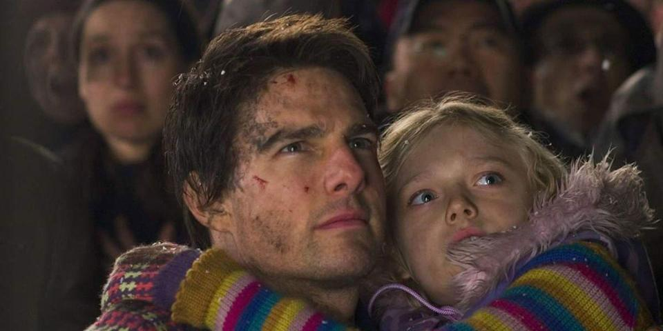 Tom Cruise and Dakota Fanning in Steven Spielberg's War Of The Worlds