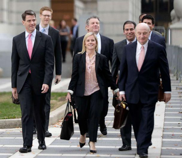 PHOTO: Bill Baroni, left, New Jersey Gov. Chris Christie's former top appointee at the Port Authority of New York and New Jersey, and Bridget Anne Kelly, center, Christie's former deputy chief of staff, depart from Martin Luther King, Jr., Federal Court. (Julio Cortez/AP Photo)