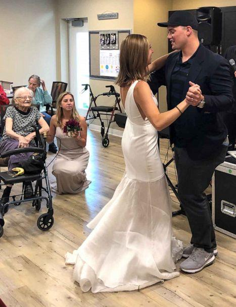 PHOTO:Lauren Parks and her husband Tommy share a dance in front of her grandmother and other members of the family care facility. (Courtesy Lauren Parks )