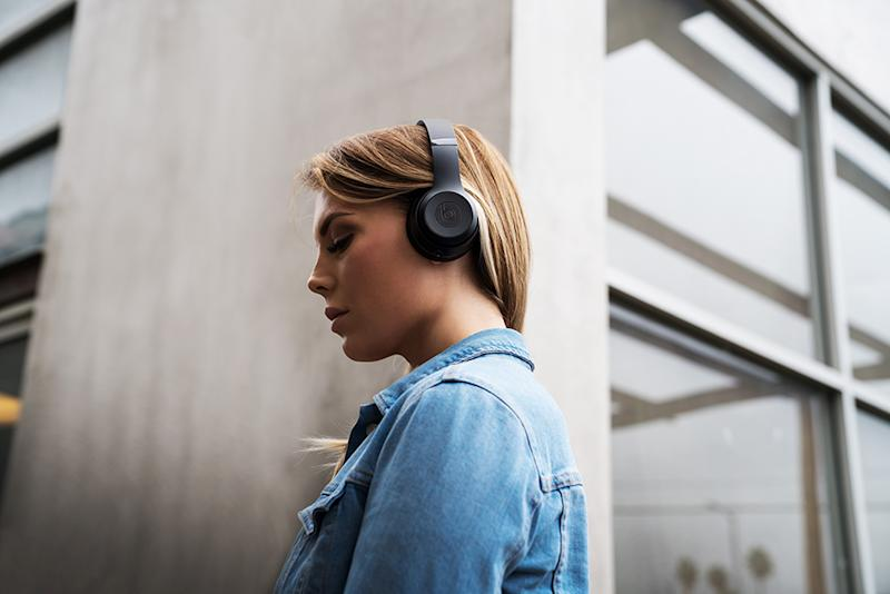 Save on premium headphones during Black Friday. (Photo: Beats)