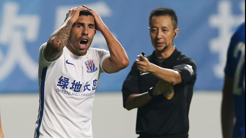 CHINA CARLOS TEVEZ
