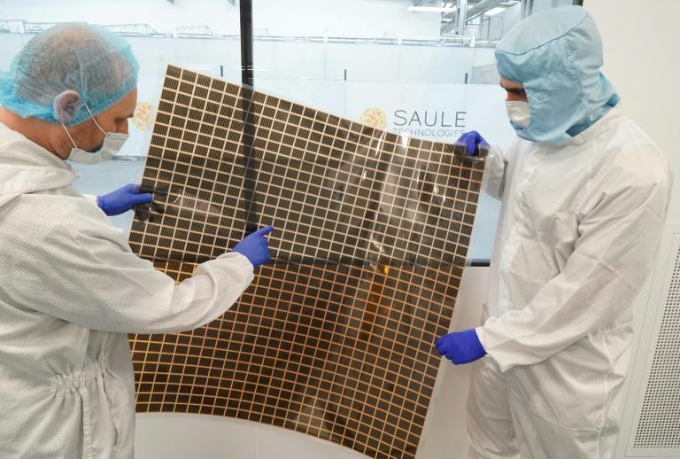 Photovoltaic panels coated with perovskite film are light, flexible and can easily be fixed to almost any surface to produce electricity even inside buildings.
