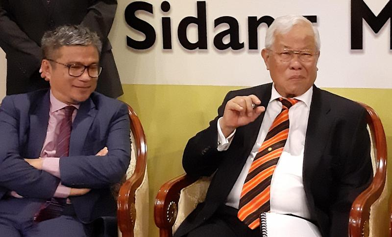 Sarawak Education, Science and Technological Research Minister Datuk Seri Michael Manyin Jawong speaking to reporters in Kuching November 12, 2019. — Picture by Sulok Tawie