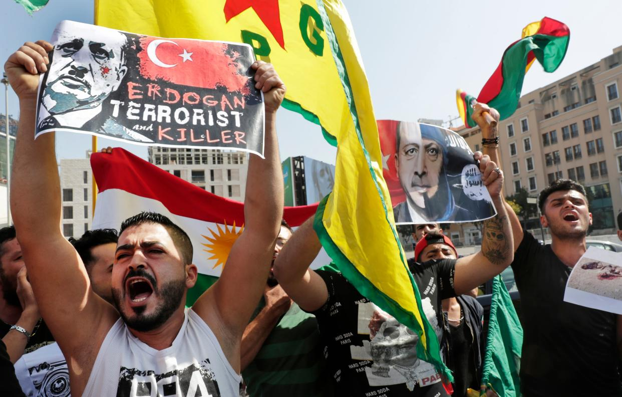 Kurdish protesters at a demonstration in Beirut on Oct. 13. (Photo: Anwar Amro/AFP via Getty Images)