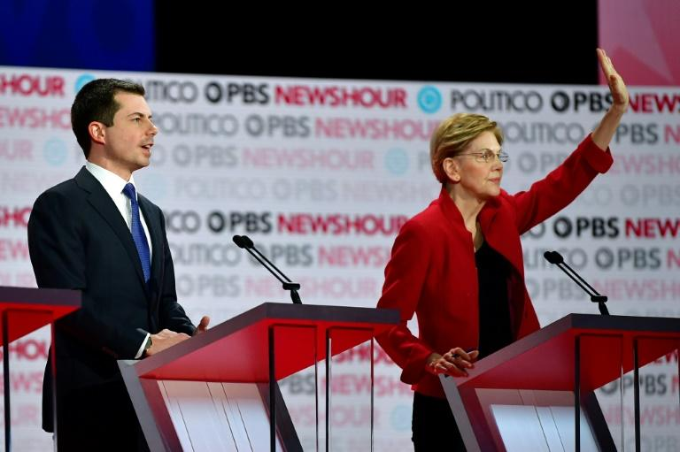 US Democratic presidential hopeful Pete Buttigieg, the former mayor of South Bend, Indiana, and Senator Elizabeth Warren are set to clash again on the debate stage on January 14, 2020 (AFP Photo/Frederic J. Brown)