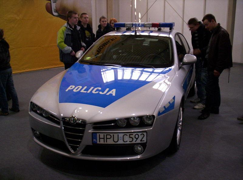 An Alfa Romeo 159 of Greater Poland Voivodeship police.