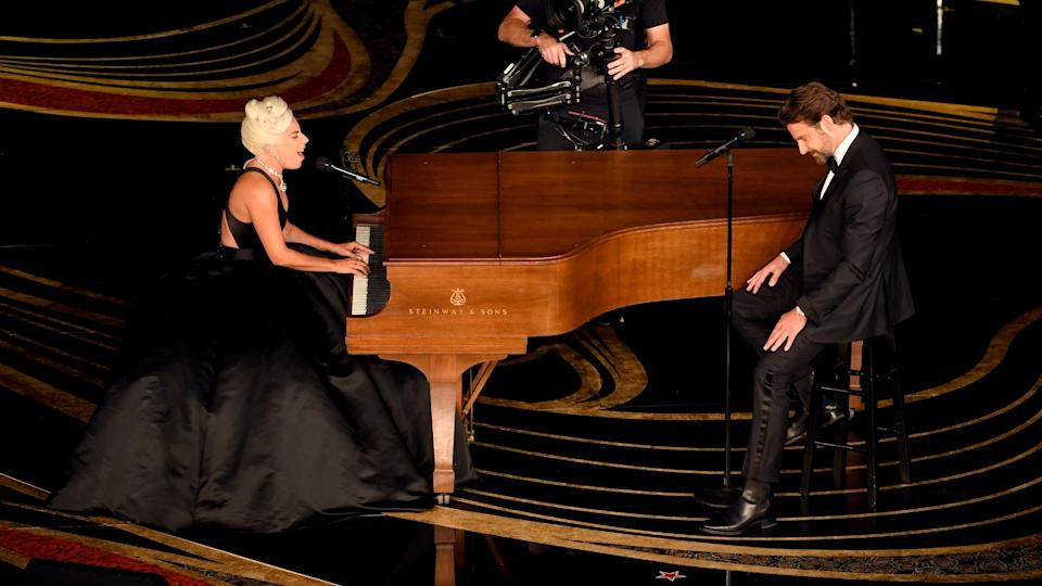 HOLLYWOOD, CALIFORNIA - FEBRUARY 24: (EDITORS NOTE: Retransmission with alternate crop.) (L-R) Lady Gaga and Bradley Cooper perform onstage during the 91st Annual Academy Awards at Dolby Theatre on February 24, 2019 in Hollywood, California. (Photo by Kevin Winter/Getty Images)