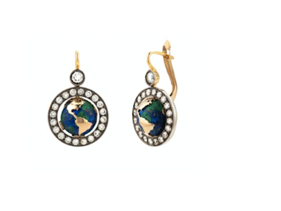 "<p>Continuing on from last year and as part of Venyx's ongoing commitment to raise awareness of environmental issues, 10 per cent of the proceeds from the brand's Mother Earth collection will be donated to <a href=""https://urldefense.com/v3/__http:/www.sealegacy.org/__;!!Ivohdkk!0wHUoGhDiIz6OS-m9l-1fEqoxgVuQ2VL0oiCBZMmM50OglqijlcGEr8En4pg5pSuGI253ZA$"" rel=""nofollow noopener"" target=""_blank"" data-ylk=""slk:SeaLegacy"" class=""link rapid-noclick-resp"">SeaLegacy</a>.</p><p><a class=""link rapid-noclick-resp"" href=""https://venyxworld.com/jewellery/"" rel=""nofollow noopener"" target=""_blank"" data-ylk=""slk:SHOP"">SHOP</a></p>"