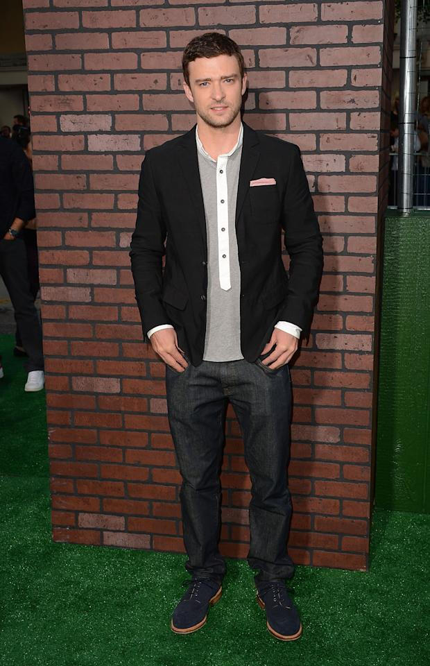 WESTWOOD, CA - SEPTEMBER 19:  Actor Justin Timberlake arrives at Warner Bros. Pictures' 'Trouble With The Curve' premiere at Regency Village Theatre on September 19, 2012 in Westwood, California.  (Photo by Jason Merritt/Getty Images)