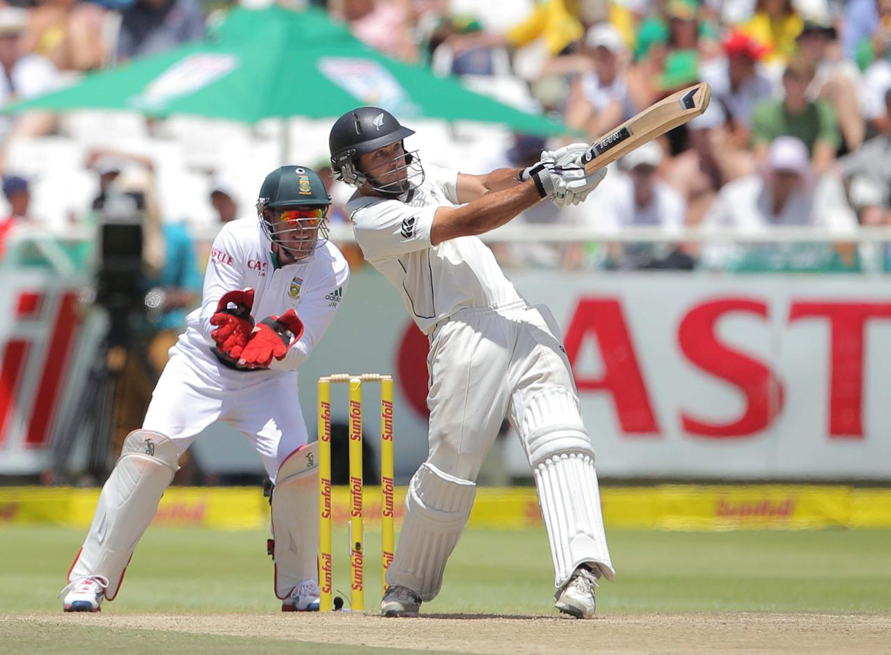 CAPE TOWN, SOUTH AFRICA - JANUARY 04:  Dean Brownlie of New Zealand in action during day 3 of the 1st Test between South Africa and New Zealand at Sahara Park Newlands on January 04, 2013 in Cape Town, South Africa.  (Photo by Carl Fourie/Gallo Images/Getty Images)