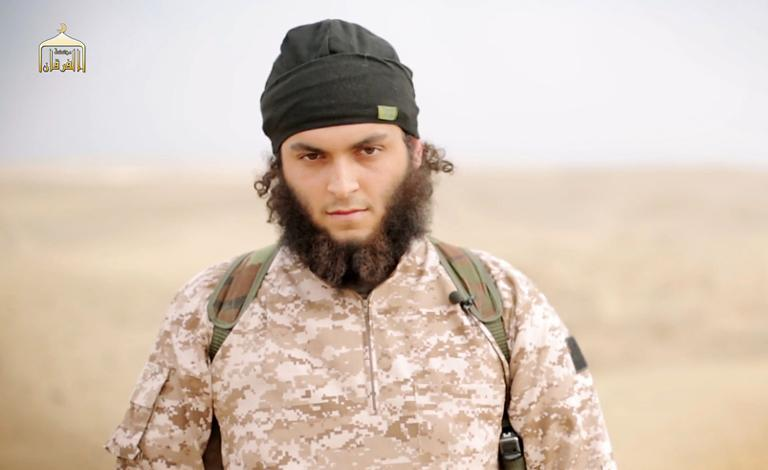 An image from a propaganda video released on November 16, 2014 by al-Furqan Media allegedly shows Mickael Dos Santos, a jihadist believed to be French citizen and member of the Islamic State (IS) jihadist group (AFP Photo/-)