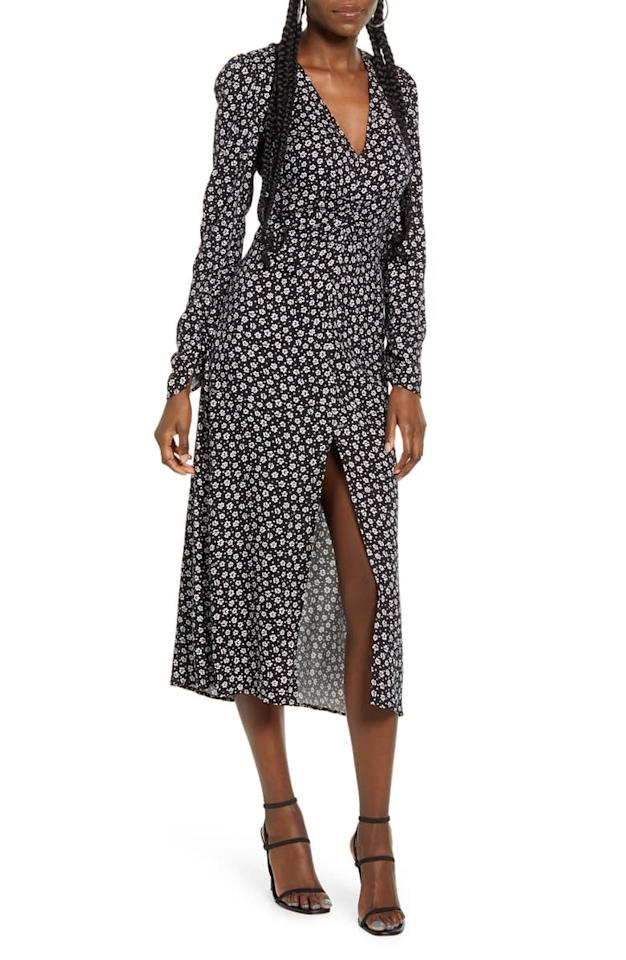 "<p>This <a href=""https://www.popsugar.com/buy/Afrm-Madsen-Ruched-Long-Sleeve-Midi-Dress-546039?p_name=Afrm%20Madsen%20Ruched%20Long-Sleeve%20Midi%20Dress&retailer=shop.nordstrom.com&pid=546039&price=79&evar1=fab%3Auk&evar9=47176184&evar98=https%3A%2F%2Fwww.popsugar.com%2Ffashion%2Fphoto-gallery%2F47176184%2Fimage%2F47176453%2FAfrm-Madsen-Ruched-Long-Sleeve-Midi-Dress&list1=shopping%2Cnordstrom%2Cdresses&prop13=api&pdata=1"" rel=""nofollow"" data-shoppable-link=""1"" target=""_blank"" class=""ga-track"" data-ga-category=""Related"" data-ga-label=""https://shop.nordstrom.com/s/afrm-madsen-ruched-long-sleeve-midi-dress/5249229/full?origin=category-personalizedsort&amp;breadcrumb=Home%2FWomen%2FClothing%2FDresses&amp;color=noir%20daisy%20ditsy"" data-ga-action=""In-Line Links"">Afrm Madsen Ruched Long-Sleeve Midi Dress </a> ($79) can be worn with sneakers or heels.</p>"