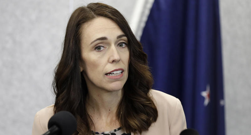 Jacinda Ardern says 'under normal conditions' she would sack the Minister of Health, but she could not during the pandemic.