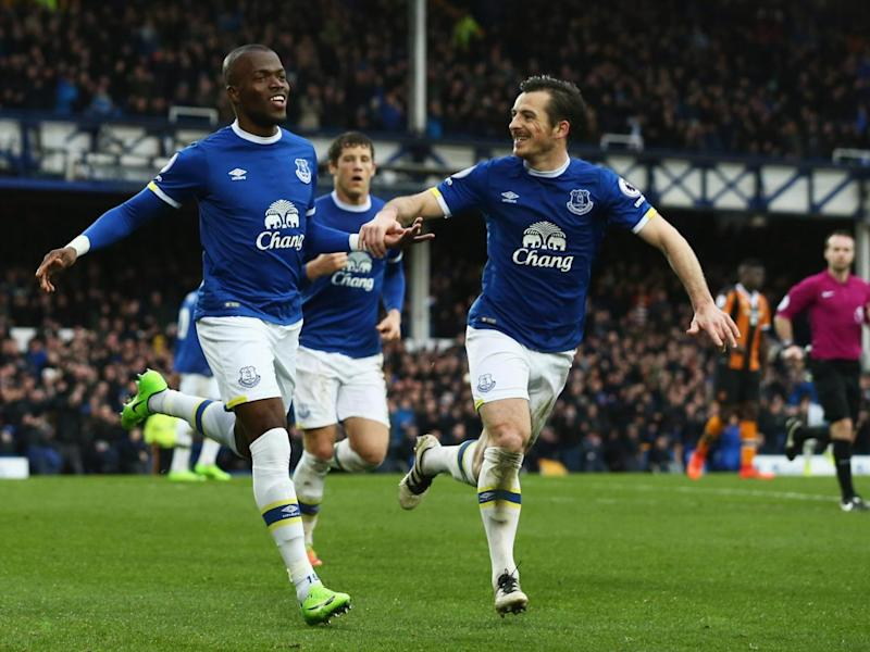 Valencia scored Everton's second (Getty)