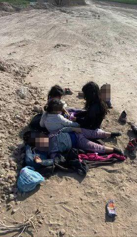 <p>Five girls were found abandoned in a field near the southern border</p> (Twitter/TonyGonzales4TX)