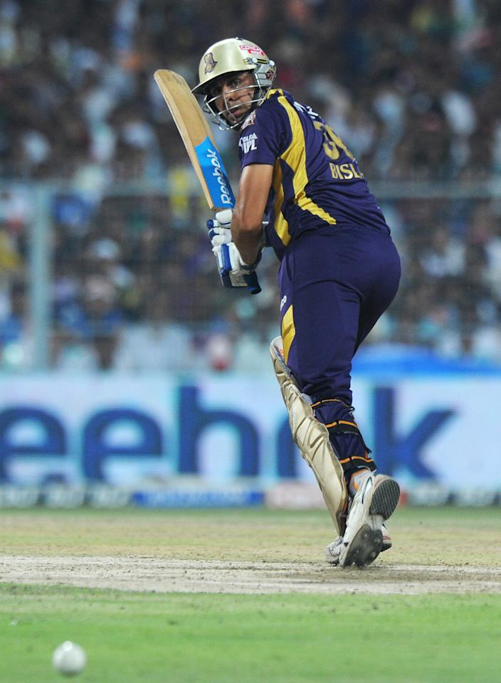 Kolkata Knight Riders batsman Manvinder Bisla plays a shot during the IPL Twenty20 cricket match between Kolkata Knight Riders and Kings XI Punjab at The Eden Gardens in Kolkata on April 15, 2012. RESTRICTED TO EDITORIAL USE. MOBILE USE WITHIN NEWS PACKAGE. AFP PHOTO/Dibyangshu SARKAR (Photo credit should read DIBYANGSHU SARKAR/AFP/Getty Images)